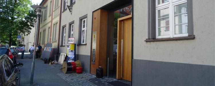 Exponate vor dem Amtsgericht Ravensburg