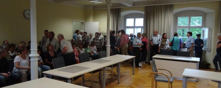 Zuschauer beim Landgericht Ravensburg