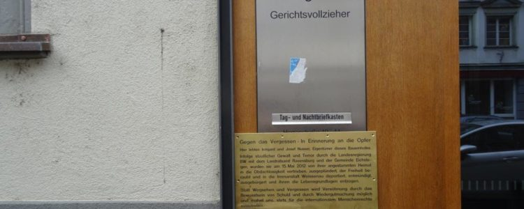 Warntafel am Amtsgericht Ravensburg