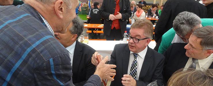 Guido Wolf und die Prozessbeobachter