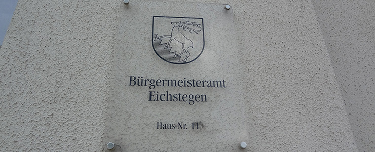 Tafel am Bürgermeisteramt Eichstegen