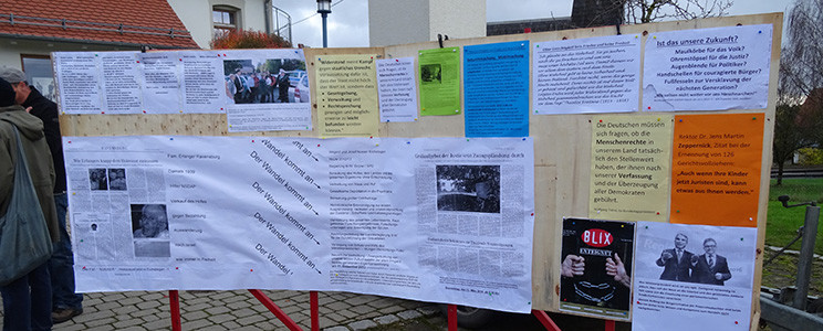 Exponate der Bürgerinitiative Prozessbeobachter 3