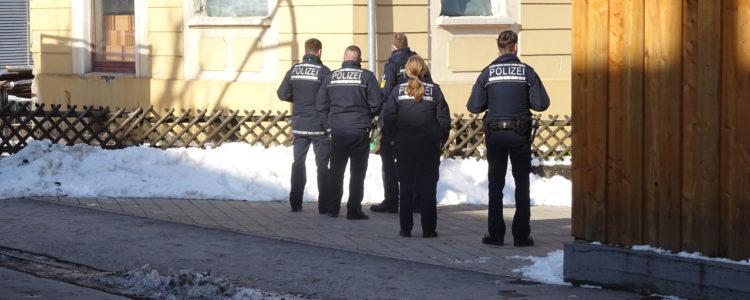 Polizei von Hinten