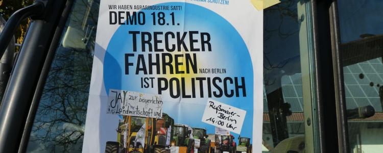 Plakat Trecker fahren ist politisch